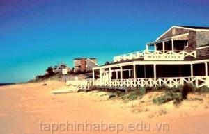 Main-Beach-East-Hampton-New-York
