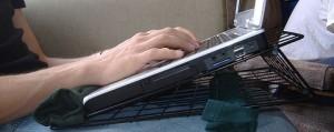 chong-nong-laptop-2