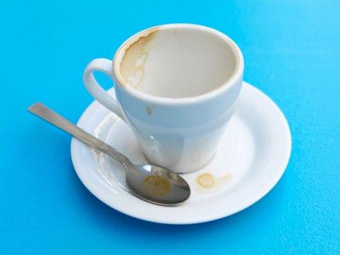 Vết bám cà phê trên cốc