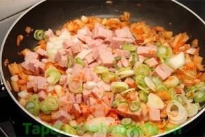com-chien-kimchi-cay-ngon-hap-dan (2)