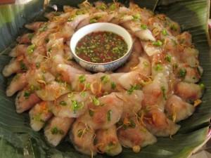 500-375-thuong-thuc-banh-bot-loc-ba-mien-thom-ngon-fa95