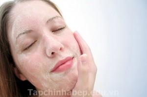Tẩy da chết cho da vào mùa khô hanh