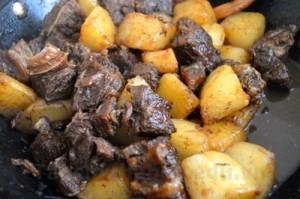 Thịt bò om củ cải thơm ngon