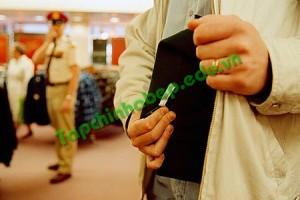 shoplifting-20111102075308