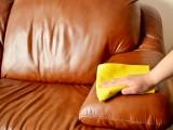 Vệ sinh tẩy rửa đồ dùng bằng da (phần một)