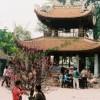 Tục lễ chùa đầu năm của người Việt.