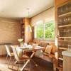 Phòng bếp sang trọng và gần gũi với nội thất bằng gỗ
