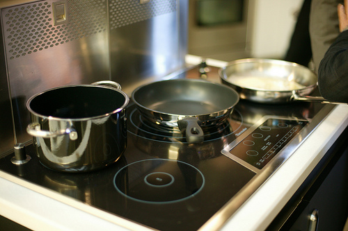 Bếp từ tiếp tục được khách hàng quan tâm!