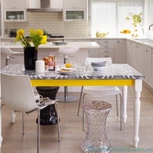 Monochrome-kitchen-diner-with-yellow-accents